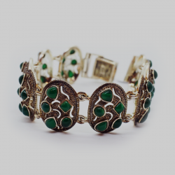"""Bright Future"" Bracelet with Green Natural Stones"